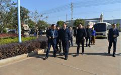 安徽省常务副省长邓向阳走访调研江南泵